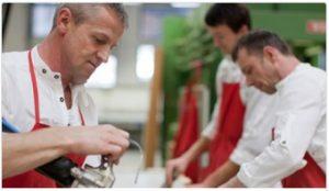 Qualität aus Österreich Erstklassige Lösungen, die den Ansprüchen der Kunden gerecht wird, erfordert bei der Herstellung höchste Präzision.